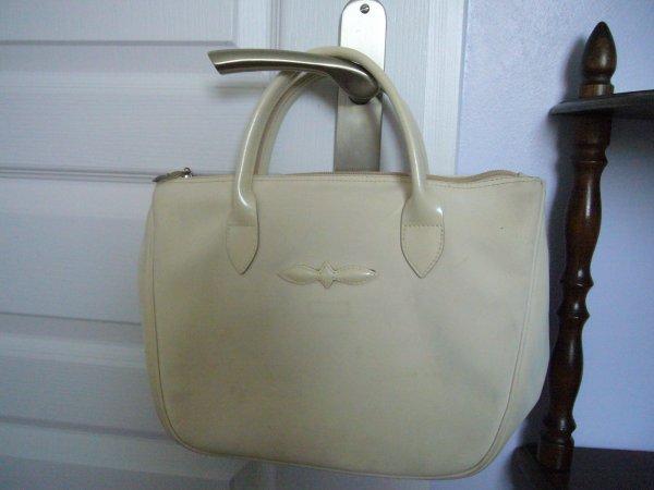 A TROQUER ou SHOPPER : petit sac porté main