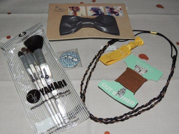 GIVEAWAY accessoires cheveux et set pinceaux