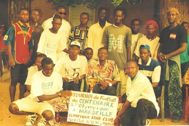 Nous sommes de jeunes sénégalais, fiers de l'être, qui ont une seule passion : l'OM.