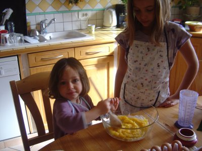 Ma meilleure amie Clara et sa petite soeur Axelle !!!!!
