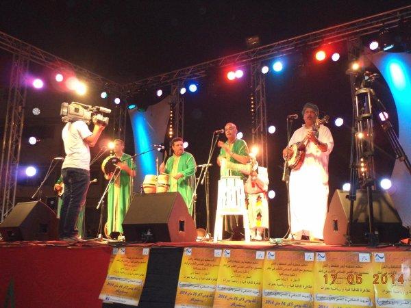 سهرة مجموعة اودادن بساحة الحفلات بنسركاو 16 ماي  SOIREE OUDADEN  FESTIVALE BENSERGAOU2014