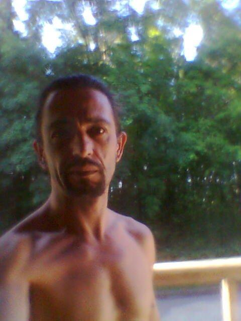 """Rhâââââ du soleil et hop à poil, je commençais par sentir le renfermé dis-donc. Bon a poil, réflexe """"Pavlovien""""... :-)"""