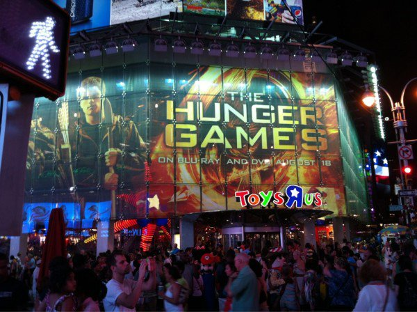 HUNGER GAMES SUR TIMES SQUARE