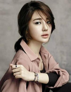 Yoon Eun-Hye - 윤은혜