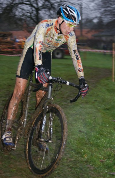 27/11/2011 - CYCLO-CROSS D'ETEIGNIERES (08)