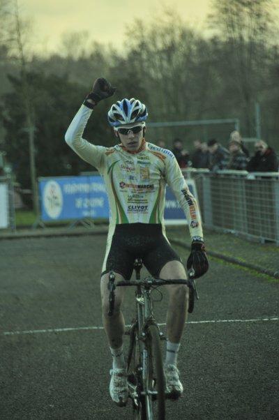 17/12/2011 - CYCLO-CROSS DE VITRY-LE-FRANCOIS (51)