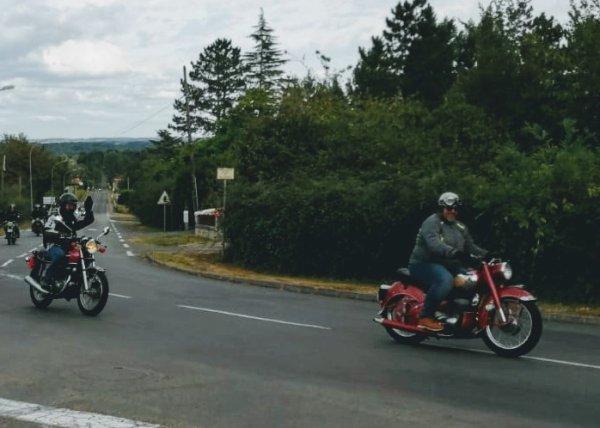 Très belles motos