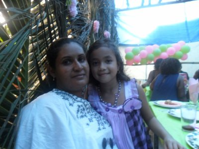 ma mere et ma petite soeur