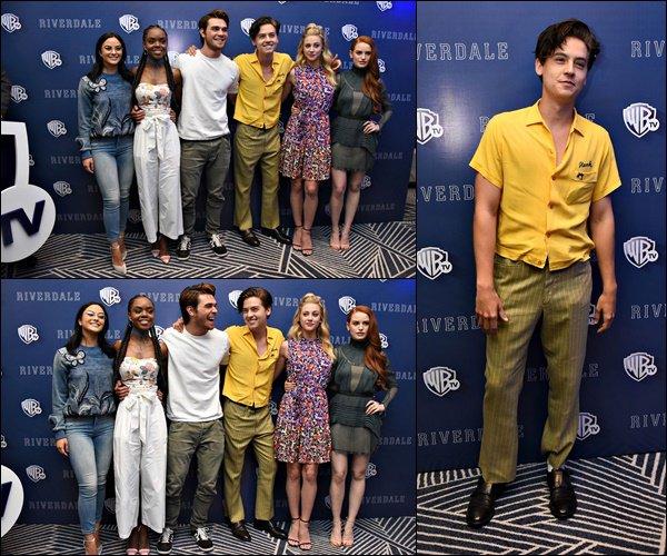 * 06/04/2017 : Cole et le cast de Riverdale se sont rendus au Mexique pour la promotion de la série. *