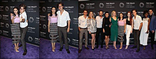* 27/04/2017 : Cole Sprouse s'est rendu au Paley Live à Los Angeles avec le cast de Riverdale. *