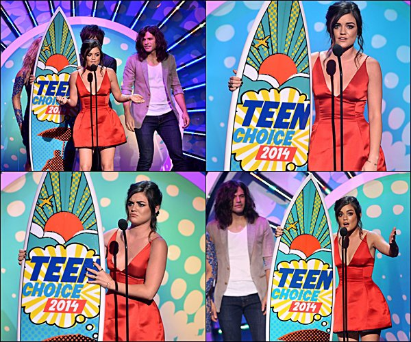 . Lucy et le cast de PLL, au TEEN CHOICE AWARD 2014 !  Comment trouves-tu le shoot ?  .