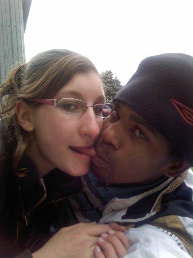 ♥ PArce que sa fait dja 2an et deMi   que nous sommes ensemble ♥ Parce que l'homme de ma vie je l'ai enfin trouvé , ♥ parce que personne ne peut nous séparés , ♥ parce que lui il est mon amour , ♥ l'amour d'un jour et celui de toujours , ♥ Je t'aime Mon keur ♥