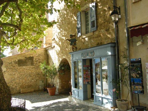 Moustiers-Sainte-Marie (04)