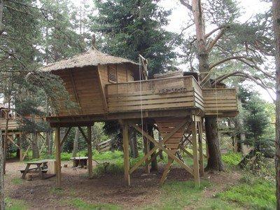 Les cabanes de Lalouvesc