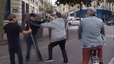 L'agression d'un non-voyant et son accompagnateur