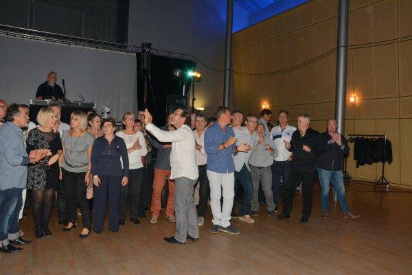 Soirée dansante (l'avant dernière!!) 2015