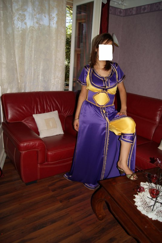 Caftan violet et jaune - robeslocation84000