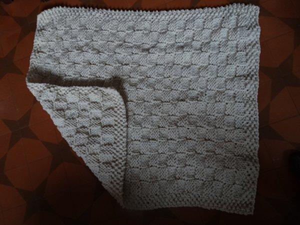 Couverture en laine pour lit de bébé