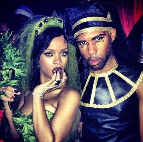 Rihanna Halloween 2012 déguisée en Mary Jane (Marijuana)