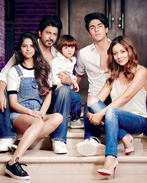 SRK's family photo