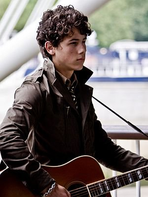 love nick jonas