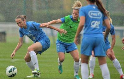 France Féminines A : Entrainement sous la pluie et tennis de table