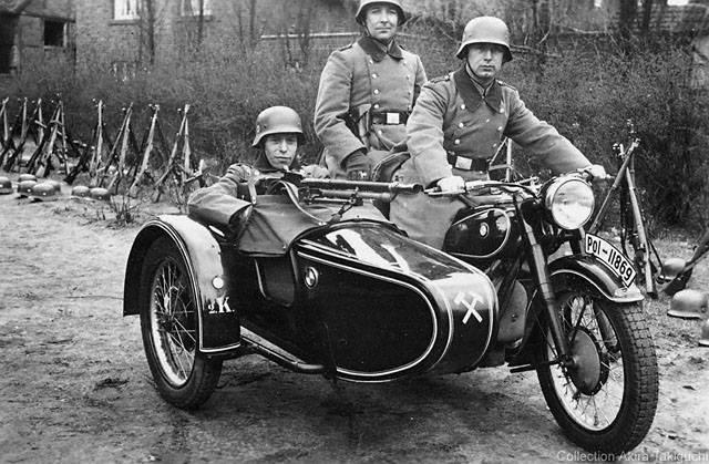 Photos d'époque de BMW R71 durant la guerre