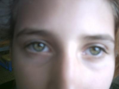 la couleur de mes yeux jaune vert tr s tr s clair shashou. Black Bedroom Furniture Sets. Home Design Ideas