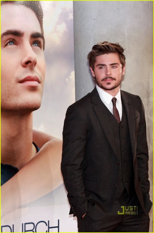 Une 2 éme Photo de Zac Efron