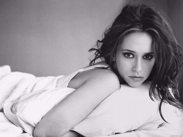 Jennifer Love Hewitt <3