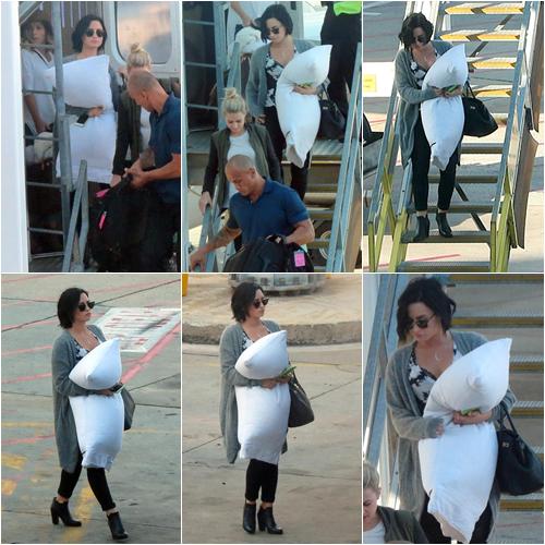 LE 17/04 - Demi a commencé sa tournée Australienne à Brisbane!