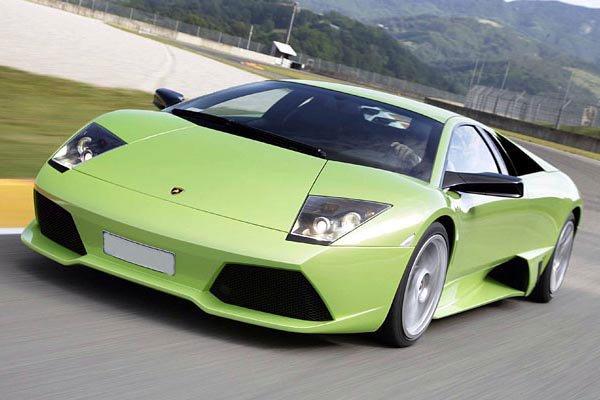 Voiture vert lamborghini aventador les voitures une - Image belle voiture ...