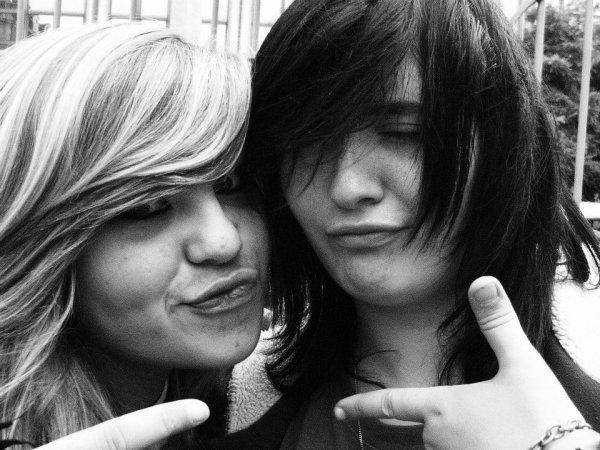 Carly-Catin!♥