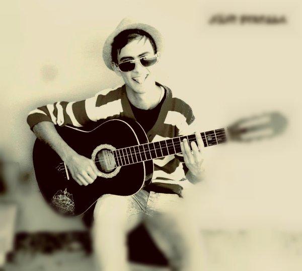 Avec Ma ptite Guitare