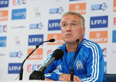article n°3 : Deschamps reste à l'om