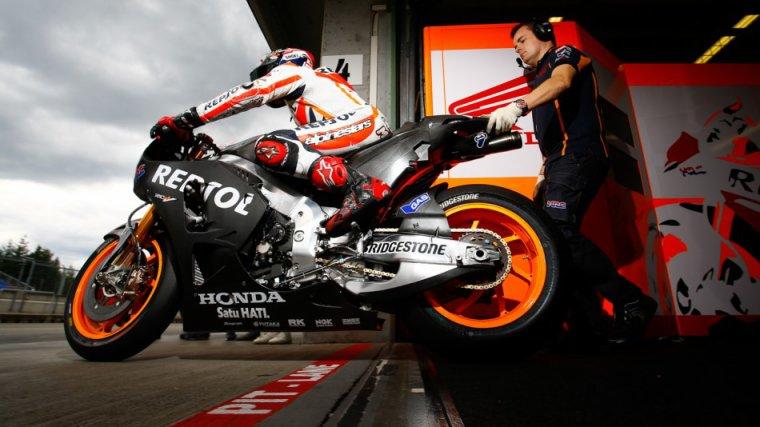 Tests Privée de Brno: Márquez établit un nouveau avec le prototype Honda 2015 ;)