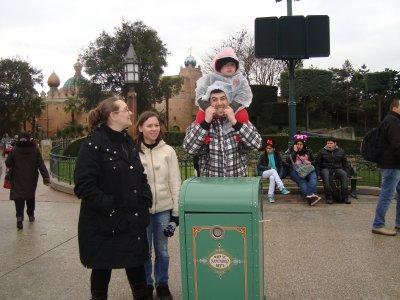 Disneyland ...
