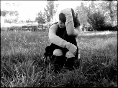 - Demoiselle aux yeux abimés à force d'avoir trop pleuré, le coeur déchiré à force d'avoir trop aimé.