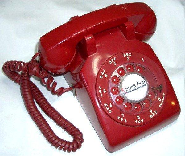 Ici brgw, au TELEPHONE ROUGE