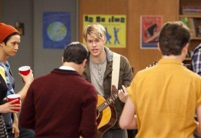 Glee- Hold on to sixteen video promo + dernieres photos promo