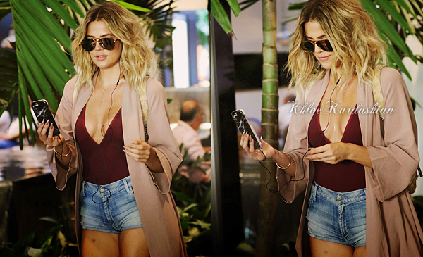 ___AT RESTAURANT IN MIAMI - 15 SEPT. 2016