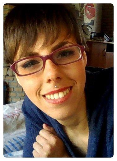 Georgina Diamond | 22 ans | En couple | Amoureuse | Percée & Tatouée