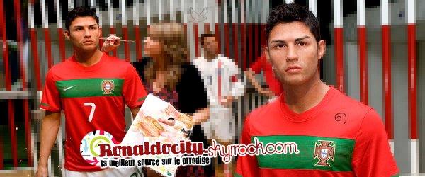 *Ronaldocity* ₪ votre premiere source de meilleur joueur 2009 Cristiano Ronaldo Aveiro .