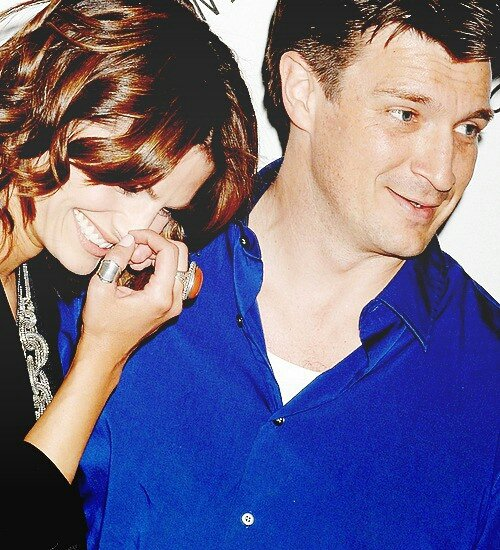 __• PHOTO COUP DE COEUR __Stana Katic & Nathan Fillion • Novembre 2015