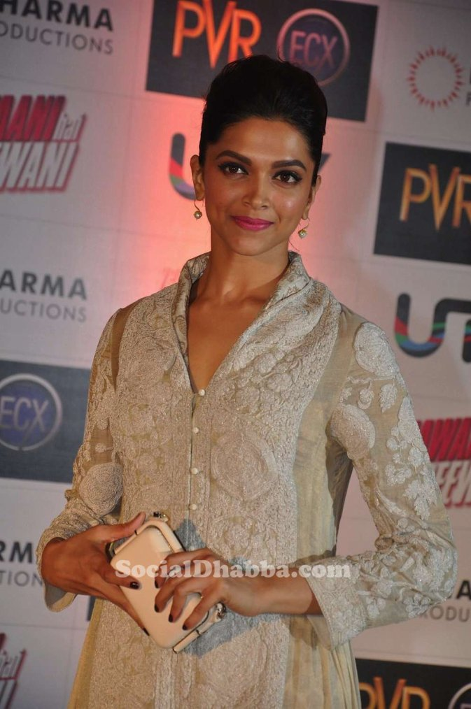 Deepika Padukone at the Premiere of 'Yeh Jawaani Hai Deewani'