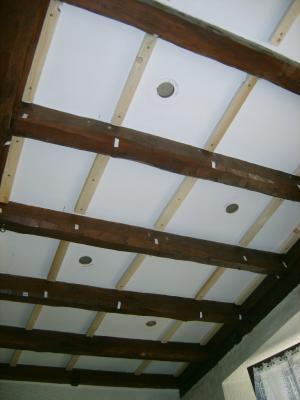 eclairage poutre awesome epatant eclairage cuisine plafond poutres apparentes au plafond atout. Black Bedroom Furniture Sets. Home Design Ideas