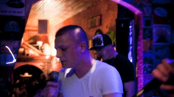 YULIANN MON POTE, ASPEKT & BUSTAMAN  en Show Case  le 4 Mai 2012  au COHIBA'R avec