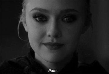 """""""Bien sûr je te ferai mal. Bien sûr tu me feras mal."""" -Saint-Exupéry"""