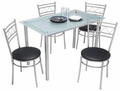 Voila ma table et mes chaise de cuisine