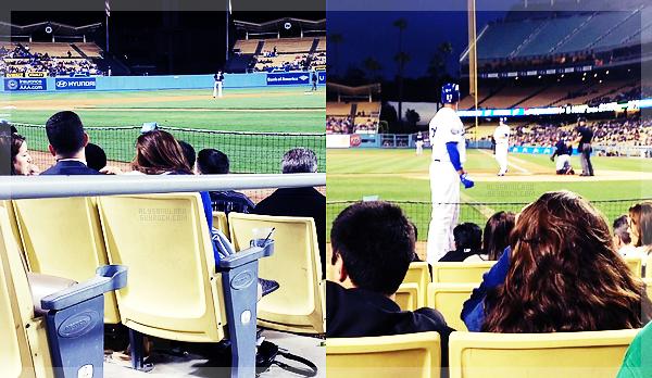 .  23.04.12 - Alyssa été à un match des Dodgers, prise en photo par 2 fans. Malheuresement, on la voit que de dos.. .